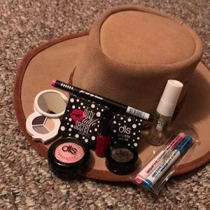 Makeup bundle NEW